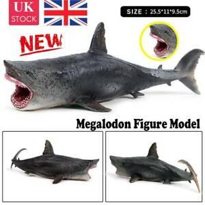UK STOCK Megalodon Model Figure Action Shark Ocean Animal Collector FAST Toys