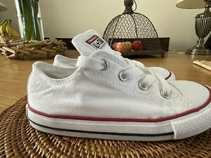 Kids Unisex CONVERSE ALL STAR White Canvas Trainers Size UK 10 VGC !!!