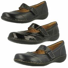 Clarks 100% Leather Mary Janes Shoes for Women