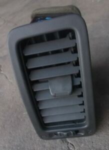 SKYLINE R33 GTST RB25 air conditioning vent passenger L/H side 11813-09670 chip