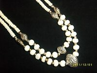 NEW VINTAGE RETRO 1980s CREAM AND SILVER BEAD NECKLACE UNUSUAL STYLISH JEWELLERY