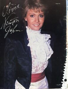 OLIVIA NEWTON JOHN PINUP CLIPPING FROM A MAGAZINE 80'S CUTE IN RUFFLES GREASE