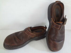 Born Women's 8 1/2 M/W Brown Leather Clogs Mules Slides Fall and Winter B6398