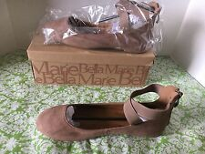 NIB Bella Marie Dana Taupe Suede Shoes 8