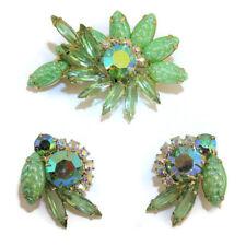 Juliana D&E Jewelry Set Pin Earrings Green Carved Molded Corn Kernal Vtg Retro