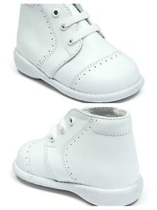 New Baby Boy White Leather High Top Walk shoes with Laces Made inMexico Size 3-8