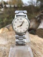 Vintage mens watch Sekonda  19 jewels made in USSR SERVICED cal 2609.HA
