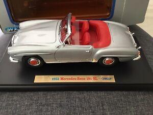 Welly 1955 Mercedes-Benz 190 SL 1/18 Diecast Car Silver in box