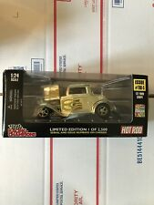 1998 HOT ROD '32 FORD COUPE 1932 Gold 50th TRUS Racing Champions 1:24 1/2500
