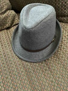 D & Y by David & Young Grey Gray Polyester & Wool Fedora Hat OSFM One Size NWT!
