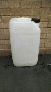 25 litre Plastic drum Container Water Jerry Can screw cap £2 CASH ON COLLECTION