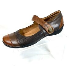 TAOS Bravo Women's Mary Jane Shoes Brown Embossed Leather Size 10