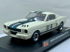 Monogram 85-4867 - 1965 Ford Mustang Shelby GT-350R #61B - Driver Jerry Titus