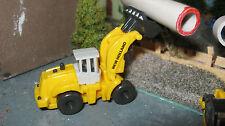 1  Radlader  mit Rohr  =  H,3  =  Baustellenfahrzeug  Fahrzeug  Spur   N/TT