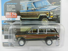 2017 Johnny Lightning *CLASSIC GOLD* BLACK 1981 Jeep Wagoneer *MIJO EX* NIP!