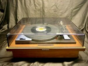 1972 Pioneer Electronics Belt Driven PL-50 Turntable w/Wood Base.Tested & Works!