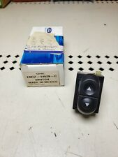 NEW 1992-1996 Ford F-150-F-350 Bronco Mustang Single POWER WINDOW SWITCH NOS