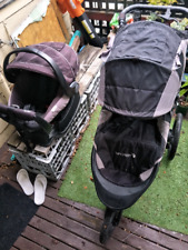 Summit x3 baby jogger pram & Britax safe and sound infant capsule