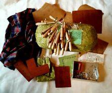 vtg bobbin lace pillow, 20 hooded bobbins, pins, cradle bag,bobbin pouch,Scissor