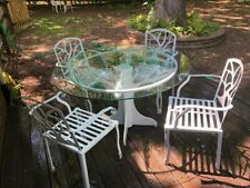 New listing outdoor patio furniture set electro powder-coated laser cut steel glass top tree