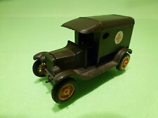 EFSI HOLLAND  FORD T-FORD 1919 - MILITARY  AMBULANCE - ARMY GREEN 1:75? - VG