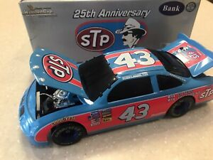 ACTION 25 ANNIVERSARY STP  #43 PONTIAC 1:24 SCALE. BRAND NEW STILL IN THE WRAPPE