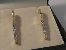 Q43 Stunning Ladies 18ct gold 0.50 half carat VS2 G Diamond drop earrings