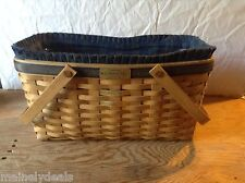 Longaberger 2003 Collectors Club Membership Basket Second Edition Good Condition