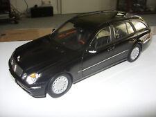 Modellauto 1:18 Mercedes Benz E-Klasse T Modell