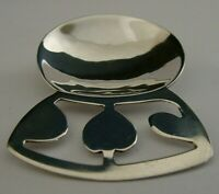 SOLID SILVER CADDY SPOON 1982 ARTS & CRAFTS CHELMSFORD COLLEGE MODERNIST