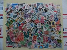 250 mixed lot Collection of US Stamps off paper-Lot -250US