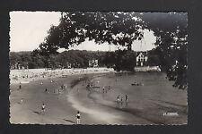 SAINT-PALAIS-sur-MER (17) VILLAS & PLAGE animée en 1956