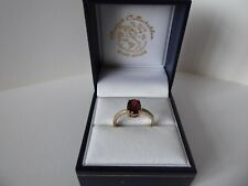9ct 9carat Yellow Gold Garnet & Diamond Ring Size M