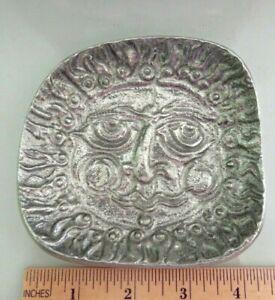 "VINTAGE DON DRUMM SCULPTURAL SUN FACE DESIGN CAST ALUMINUM SMALL 4"" DISH, SIGNED"