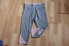NWT WOMENS VICTORIAS SECRET PINK SZ M LEGGINGS FLAT CROP GRAY PINK