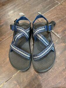 Boys Chaco Sandals Size 2 Blue Grey Navy