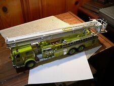 Franklin Mint 1:32 Pierce Snorkel Fire Engine 0126/1500 used