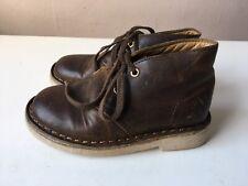 CLARKS Originals boys brown leather shoes size 6.5