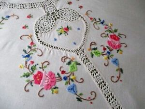 """LARGE TABLECLOTH HAND EMBROIDERY/HAND CROCHET - CREAM COTTON - 62""""/84"""""""