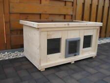 Katzenhaus groß mit Heizung  Katzenklappe isoliert Hundehaus