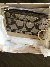 COACH COIN PURSE WITH KEY CHAIN ATTACHED