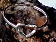 STERLING SILVER UNIQUE HANDMADE HEART SHAPED 10mm RING UK.size S £19.95 NWT