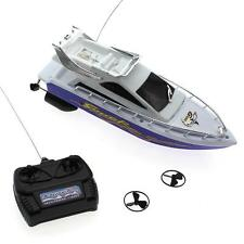 Portable Plastic Mini Remote Control Boat Electric Toys Model Ship Sailing Gift