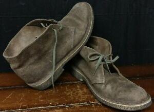 Clarks Originals Men's Size 9 Gray Suede Desert Chukka Boots