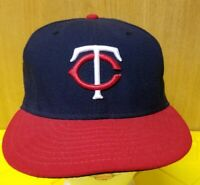 Minnesota Twins New Era 59Fifty Fitted Cap Hat Size 7 1/8 Used Clean