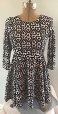 Fabkids Girls/Youth Cotton black and white geometric long sleeve dress Sz XL D18