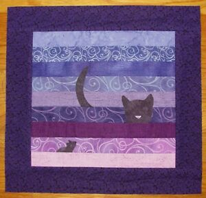 Mini QUILT Top: CAT and MOUSE
