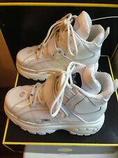 NEU Gr. 39 / 40 Buffalo London Classic Plateau Boots lack weiss lacquer white