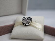 New w/Box Pandora April Signature Heart Charm #791784RC Clear  Rock Crystal