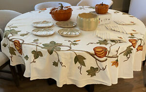 "Williams Sonoma Harvest Pumpkin Crewel Embroidery Tablecloth 70"" Round"